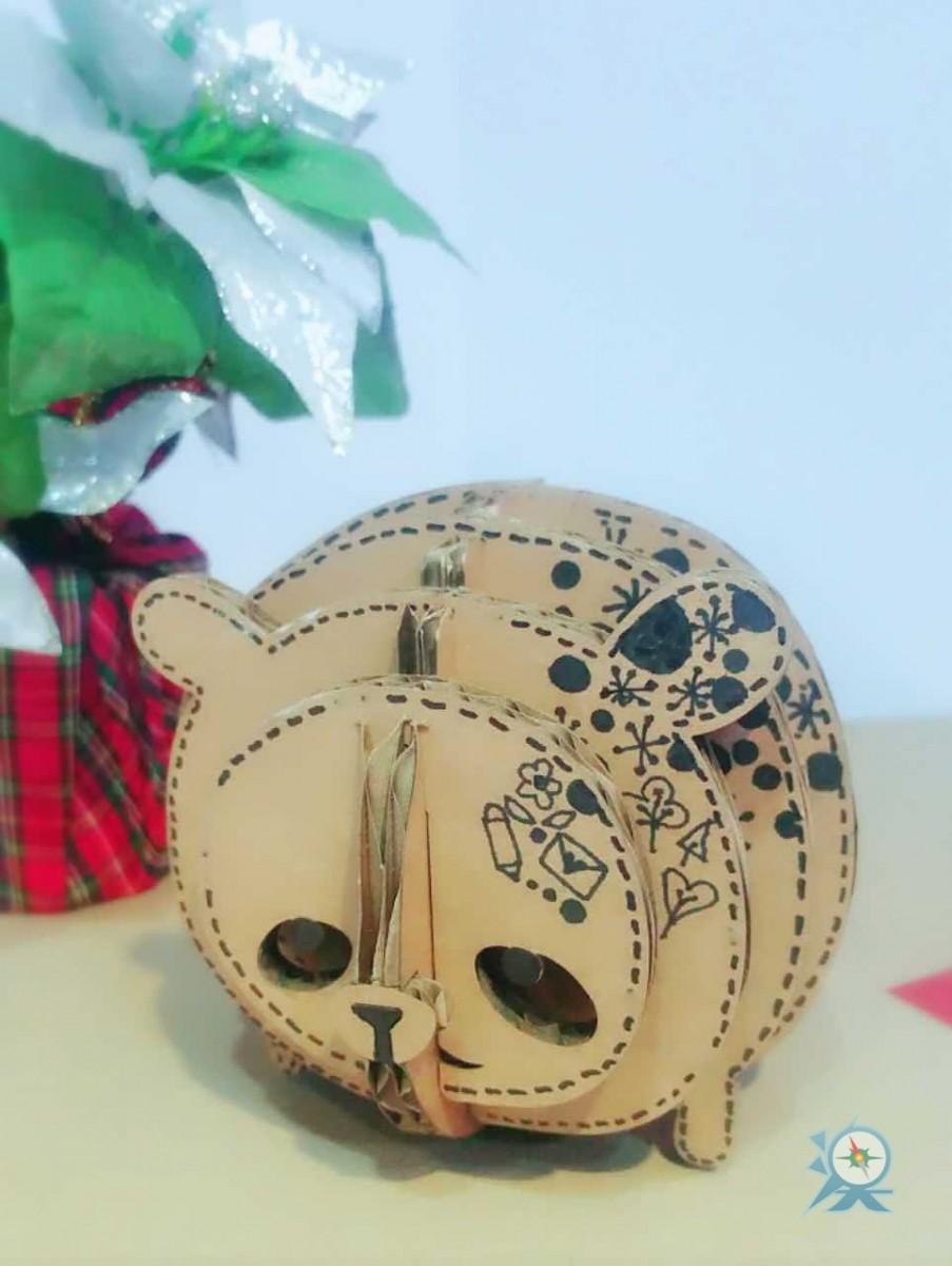 引入香港设计师的环保概念设计,以纸皮自行砌出可爱的小动物,甚至可