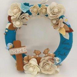 優惠價MOP430   Love Never Fails 不織布掛環   獨一無二的手作,一個歡天喜地的小花園表達上帝的愛是永不止息的,可用作新婚、結婚週年、生日等禮物